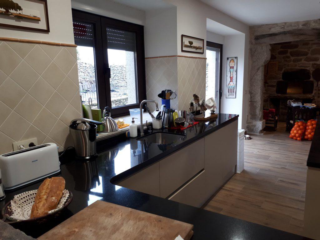 Único Cocinas Asombrosas Y Diseños Cresta - Ideas de Decoración de ...