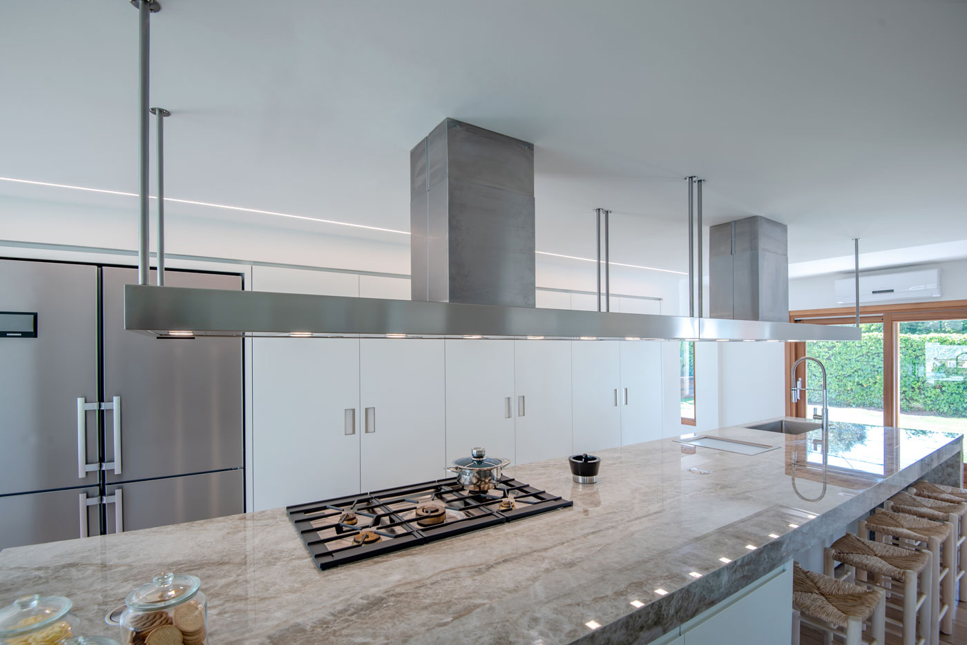 A Kitchen refurbished by  Overlord by Sergi Quílez i Marin Overlord by Sergi Quílez i Marin